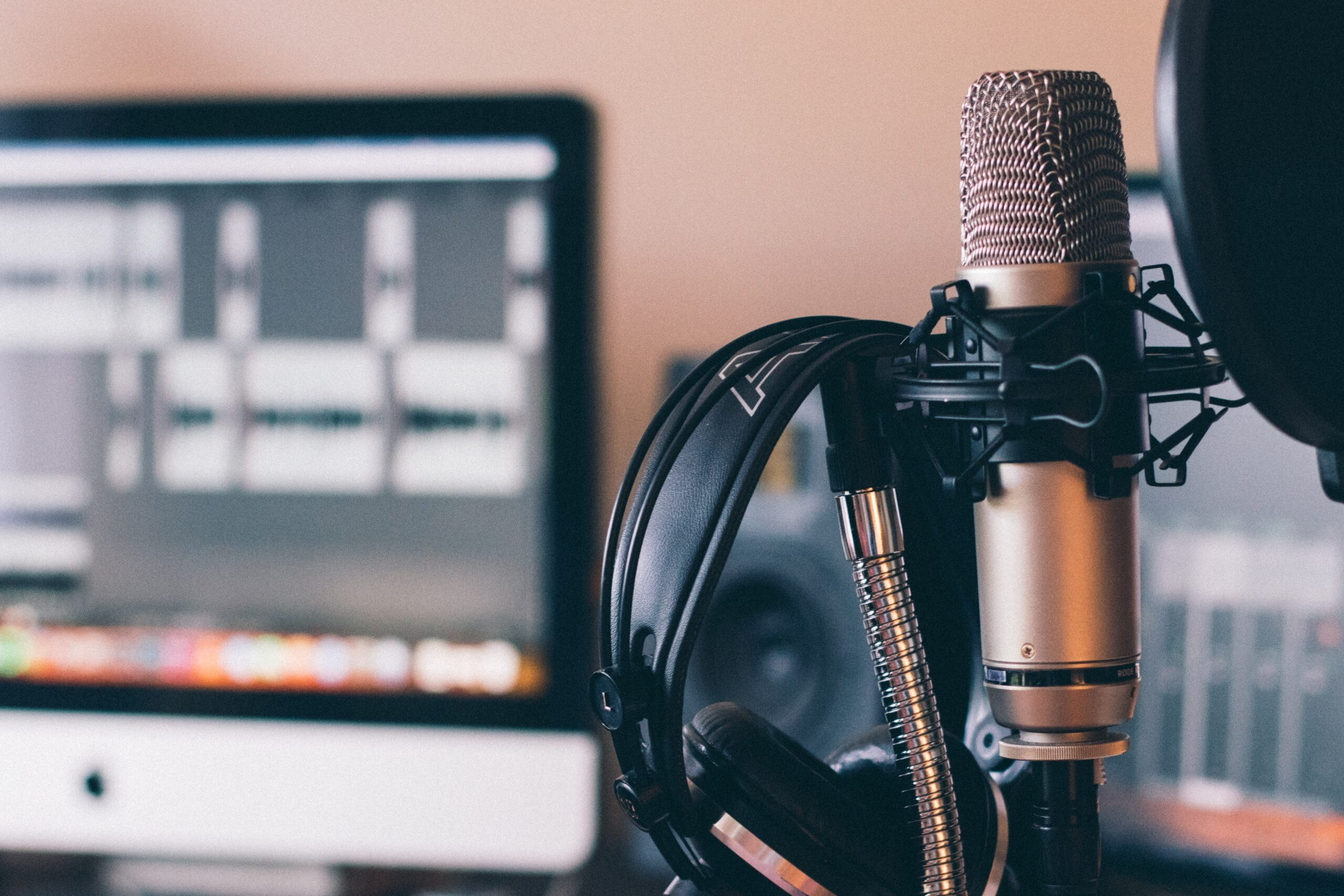 tips for cleaning audio how to clean audio microphone studio music