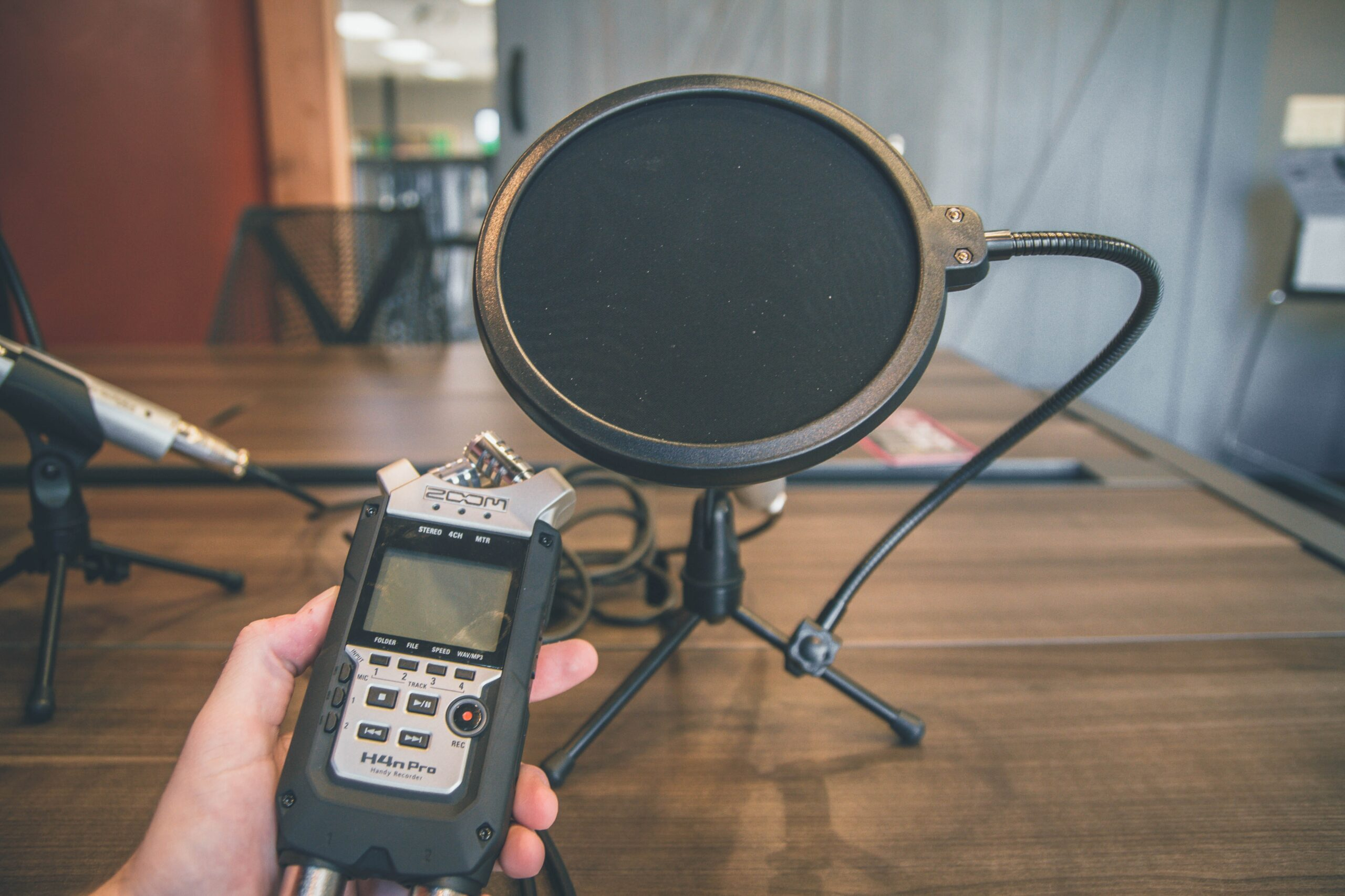 how to create foley sound effects yourself at home