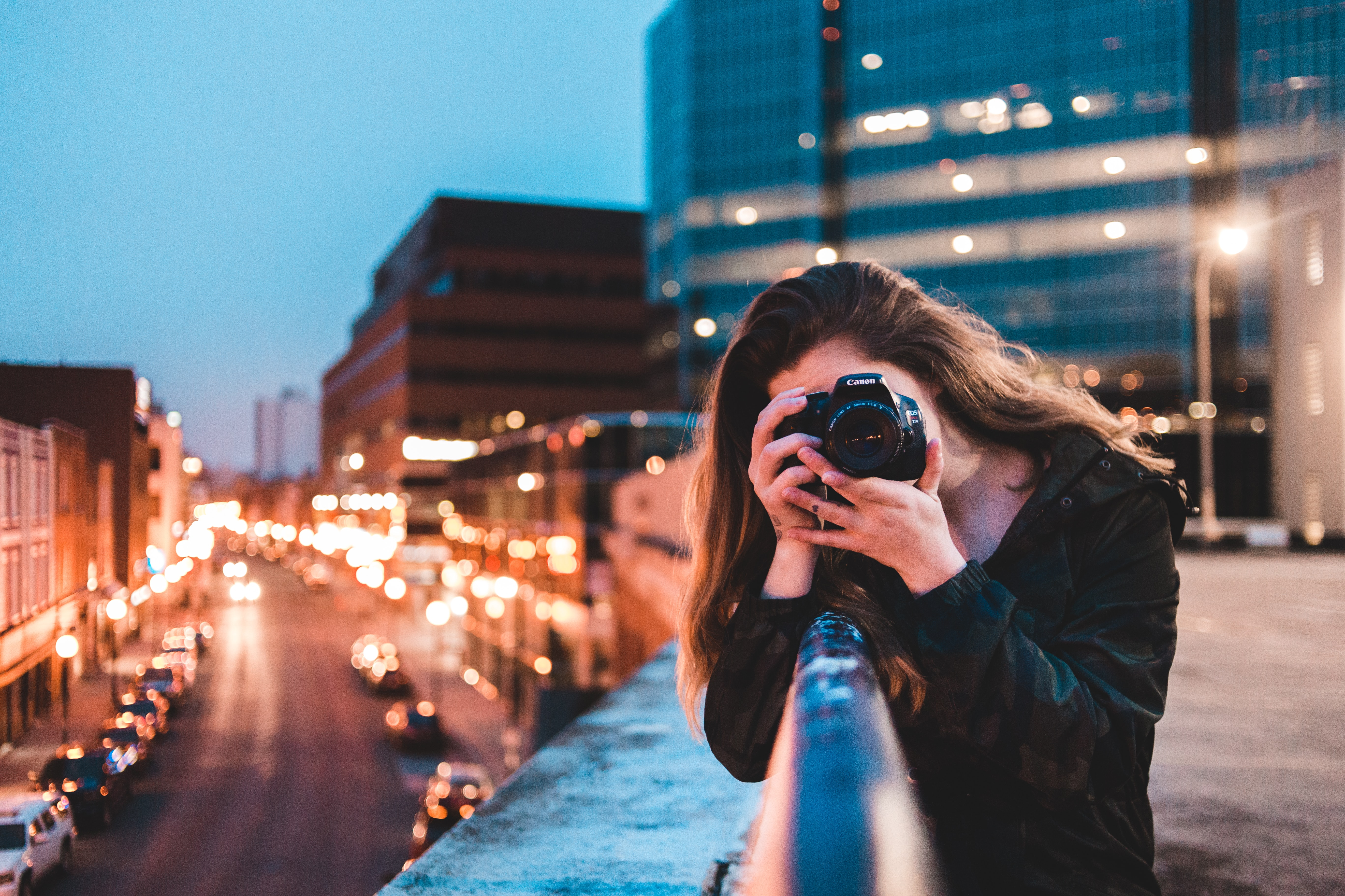 shutter speed shooting in low lighting tips for photographers beginner photography